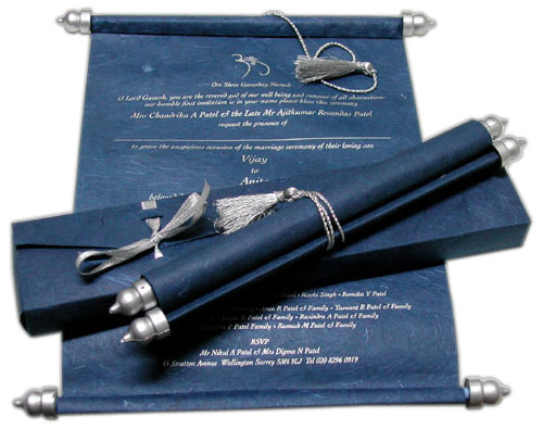 Item PLNBOX28 Blue and silver invitation scroll